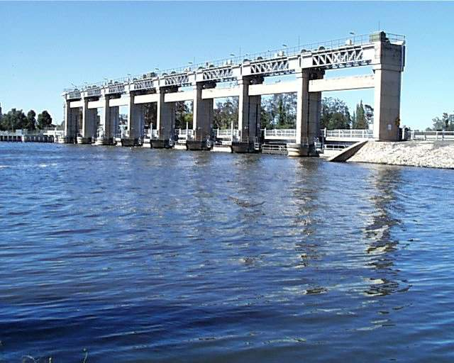 Yarrawonga Weir Upstream