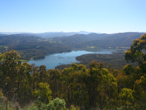 Lookout on Eildon from Jamieson Road October 2013